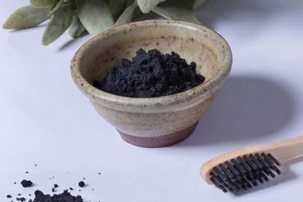 Meilleur charbon actif pour les dents