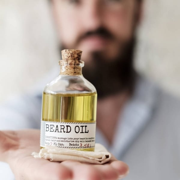 Huile à barbe pourquoi l'utiliser et comment la choisir