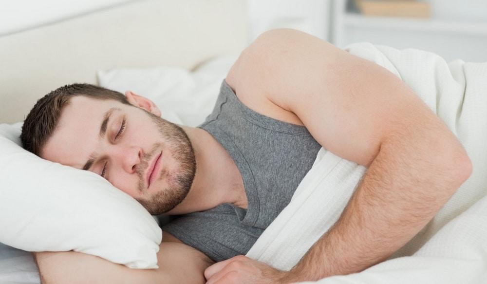 Dormir pour faire pousser sa barbe plus vite