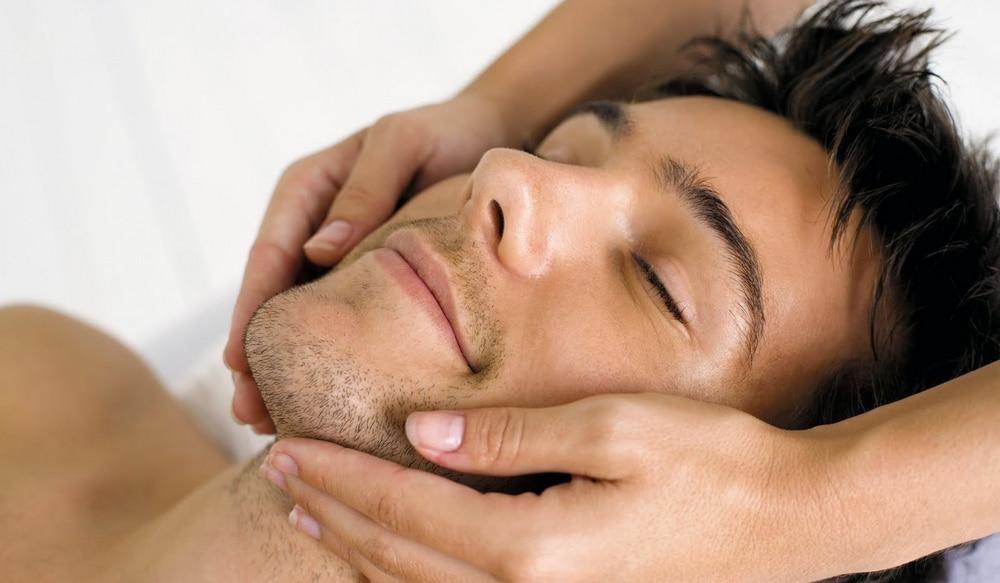 Prendre soin de son visage pour faire pousser sa barbe plus vite