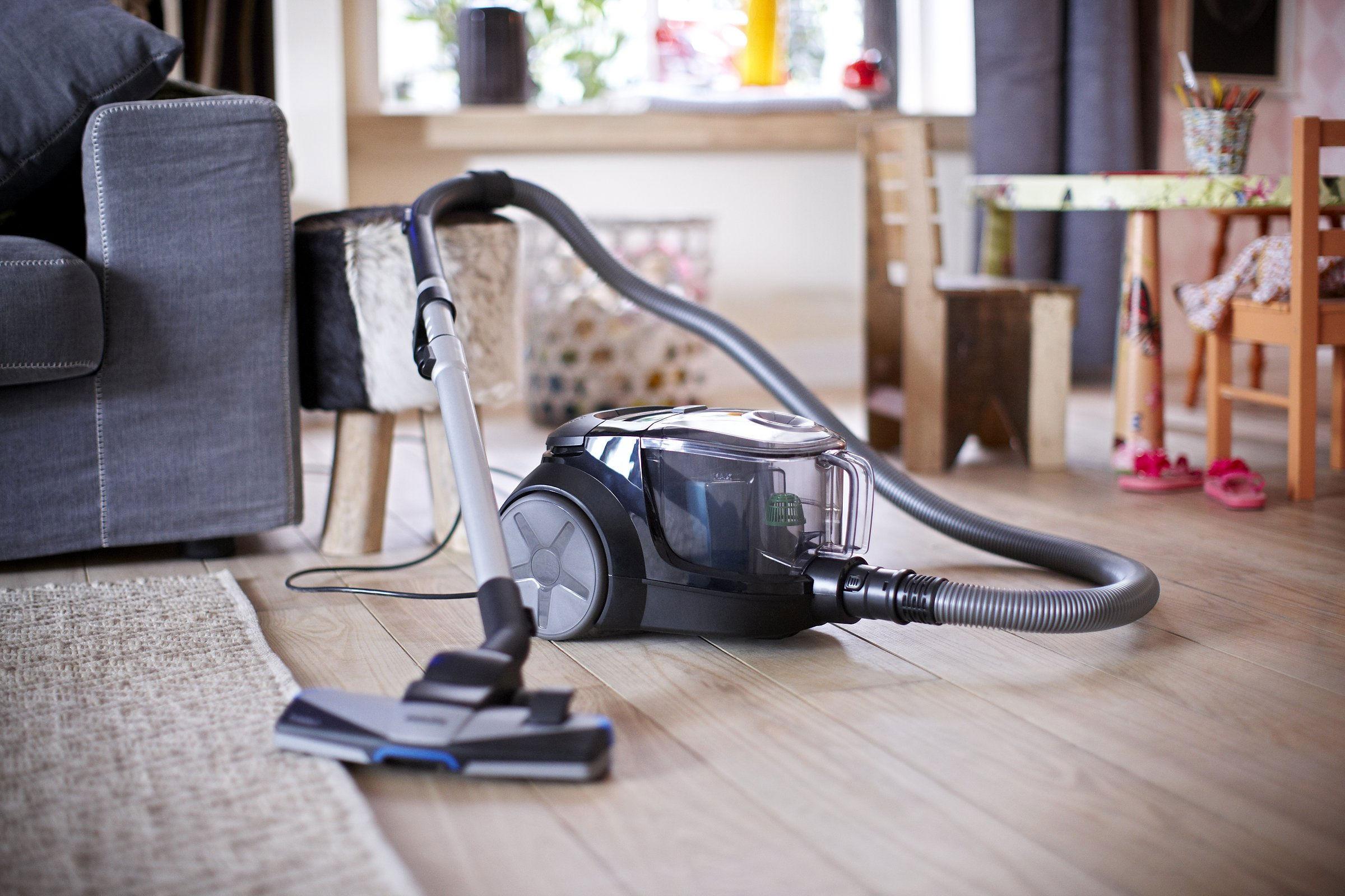 quel est le meilleur aspirateur sans sac en 2018 comparatif. Black Bedroom Furniture Sets. Home Design Ideas