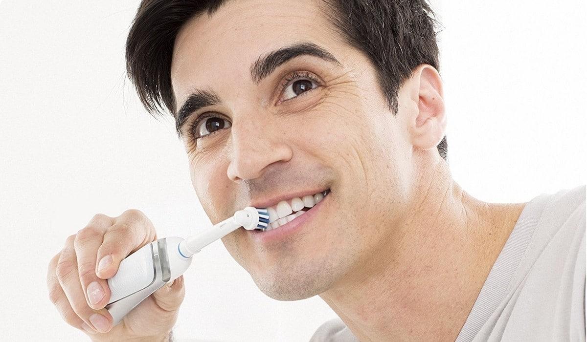 Avis sur la brosse à dents électrique Oral-B Vitality Sensitive Clean