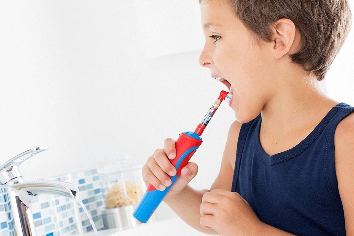 Avis sur la brosse à dents électrique Oral-B Stages Power