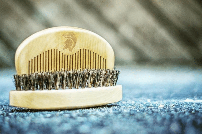 Brosse à barbe Spartan Beard Co en poils de sanglier