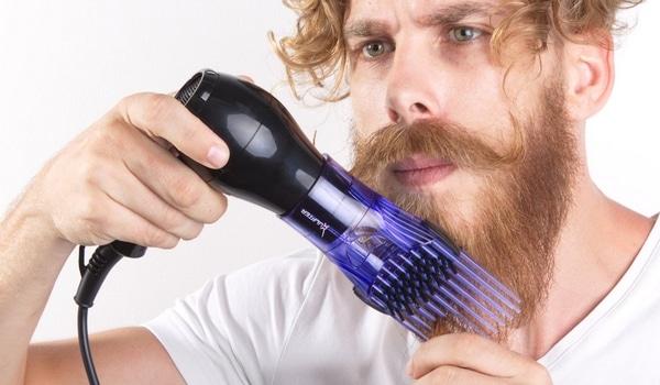 Lisser sa barbe sèche cheveux