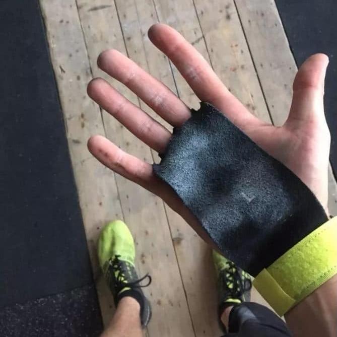 Maniques CrossFit SharkFit Agarra