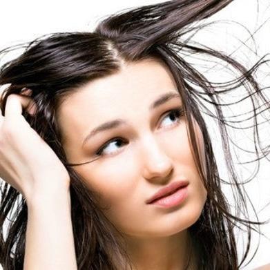 Cheveux moins gras solutions