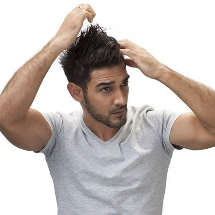 comment se coiffer avec de la cire homme