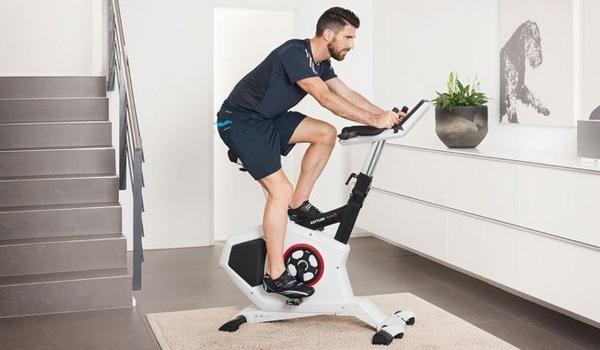 Choisir vélo appartement console centrale