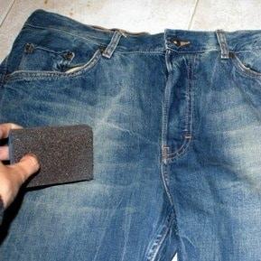 Délaver jean papier de verre