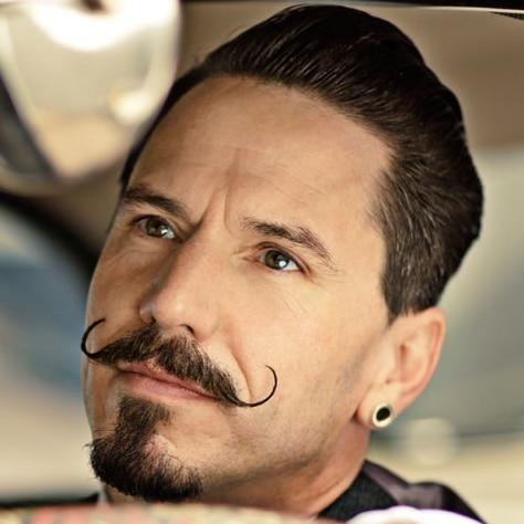 Moustache guidon handlebar