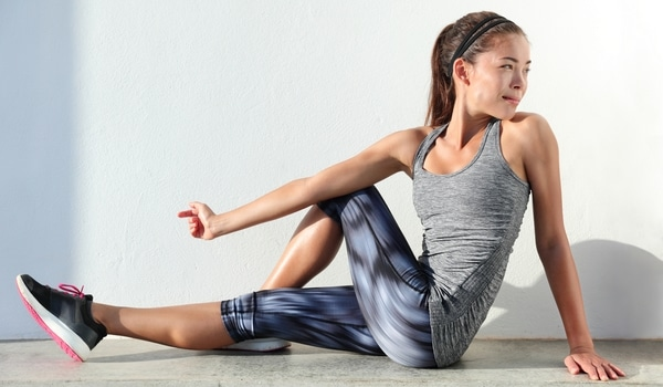 Exercice décompression colonne vertébrale étirements