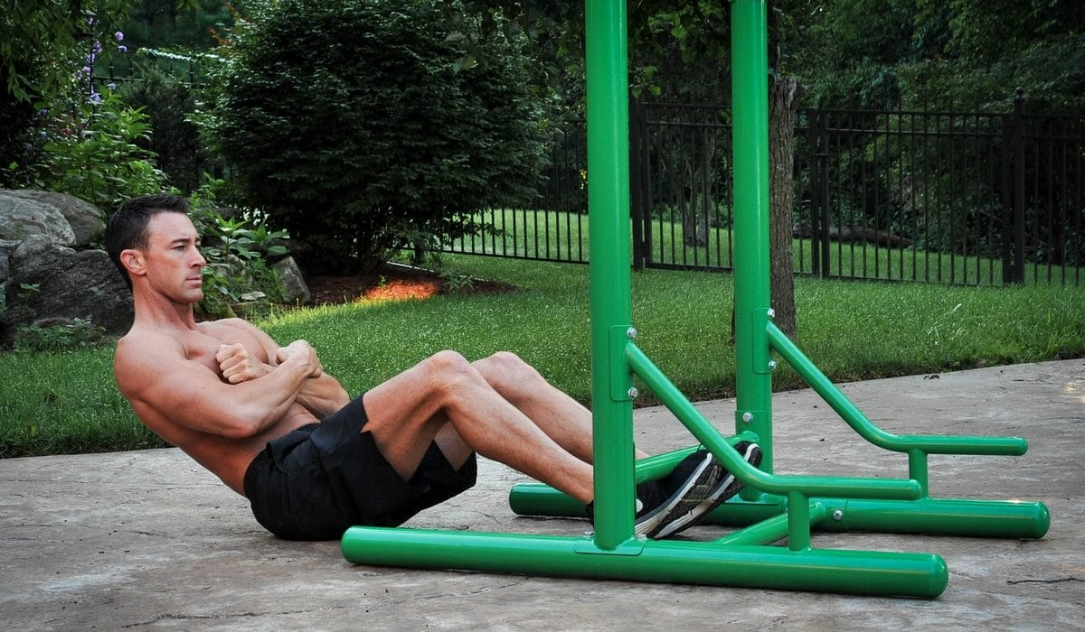 Exercices chaise romaine crunch