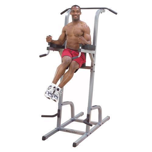 Exercices chaise romaine relevé de jambes rotation
