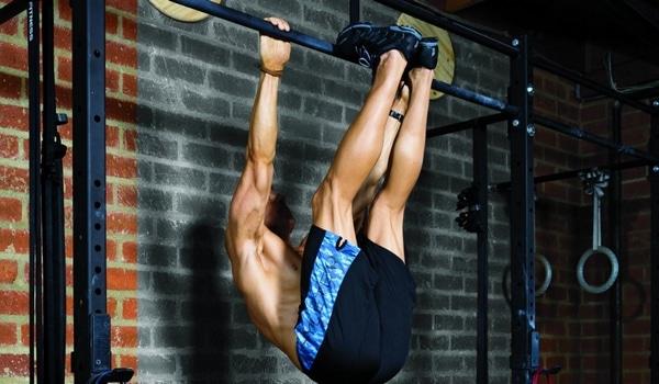 Exercices abdos relevé de jambes renversé