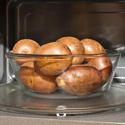 Cuire patates micro ondes
