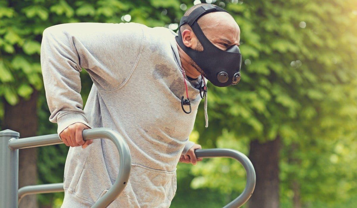 Training mask efficace dangereux