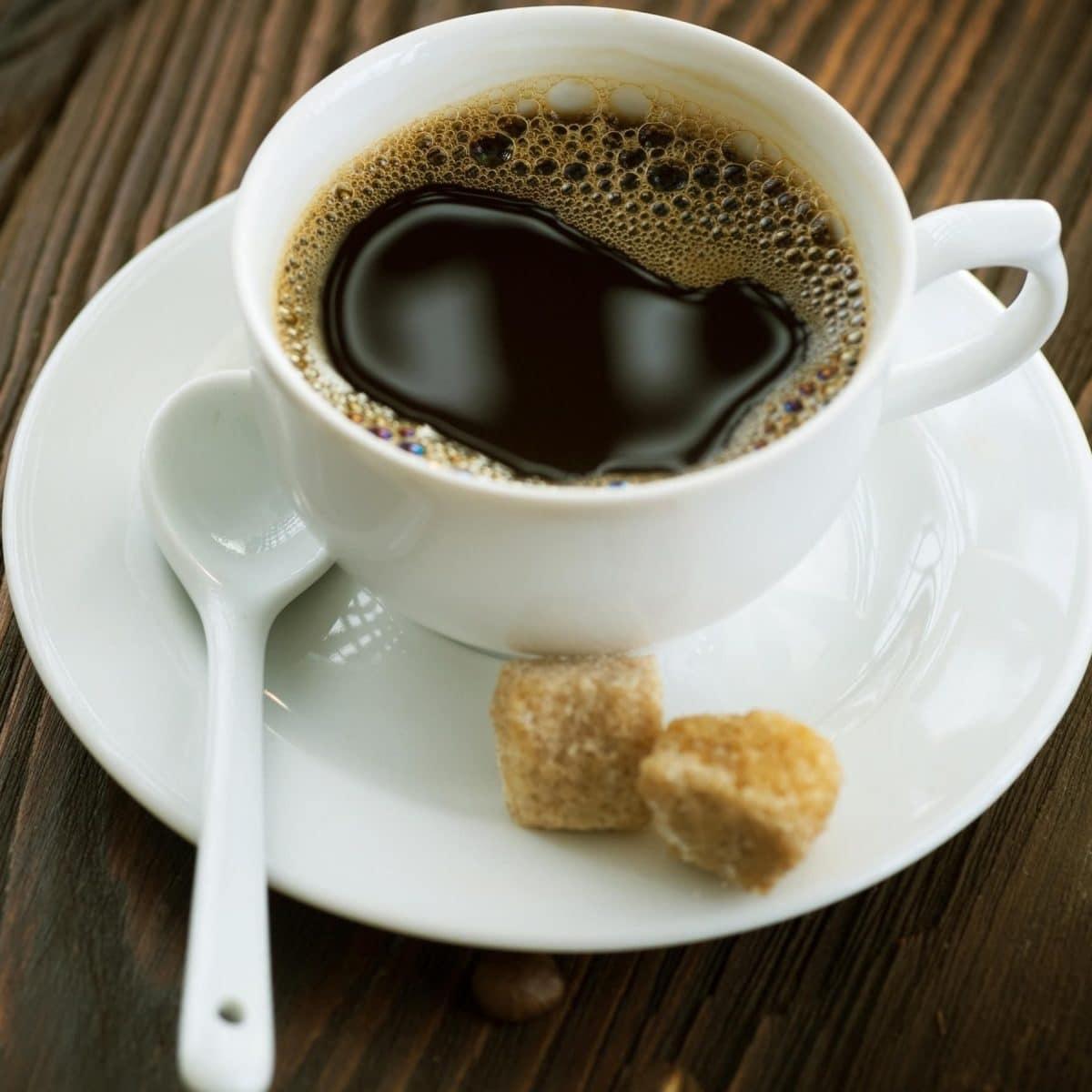 Bons mauvais aliments dents café thé