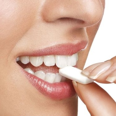 Bons mauvais aliments dents chewing gum