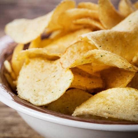 Bons mauvais aliments dents chips