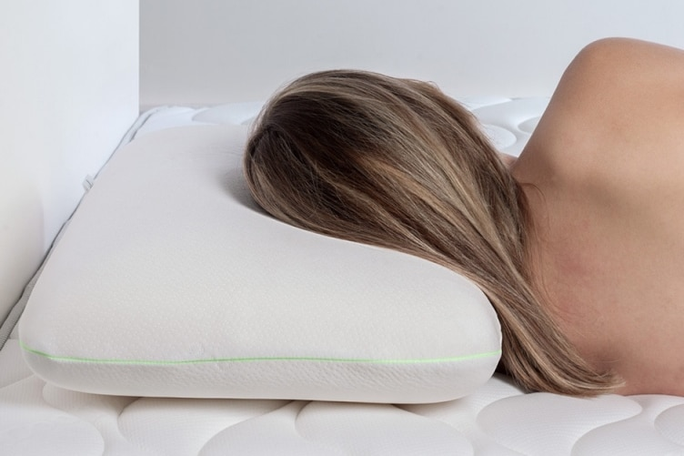 Choisir oreiller mémoire forme épaisseur