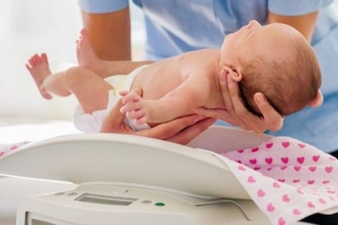 Comment peser bébé