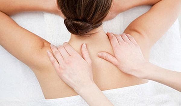 Conseil massage dos épaules