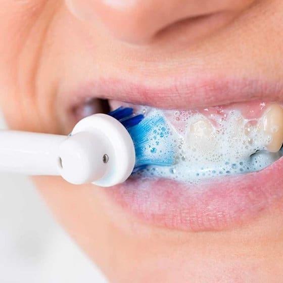 Laver dents quelle brosse à dents