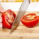 Remèdes acné adulte rondelles de tomate