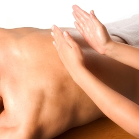 Technique massage dos tapotements