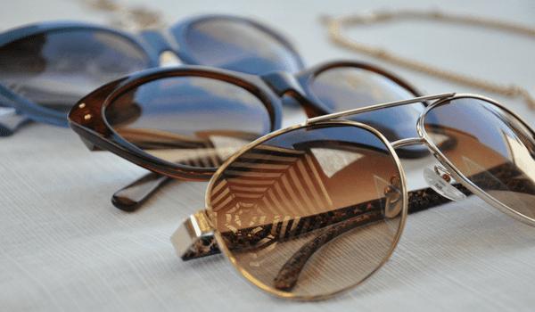 Choisir lunettes soleil forme