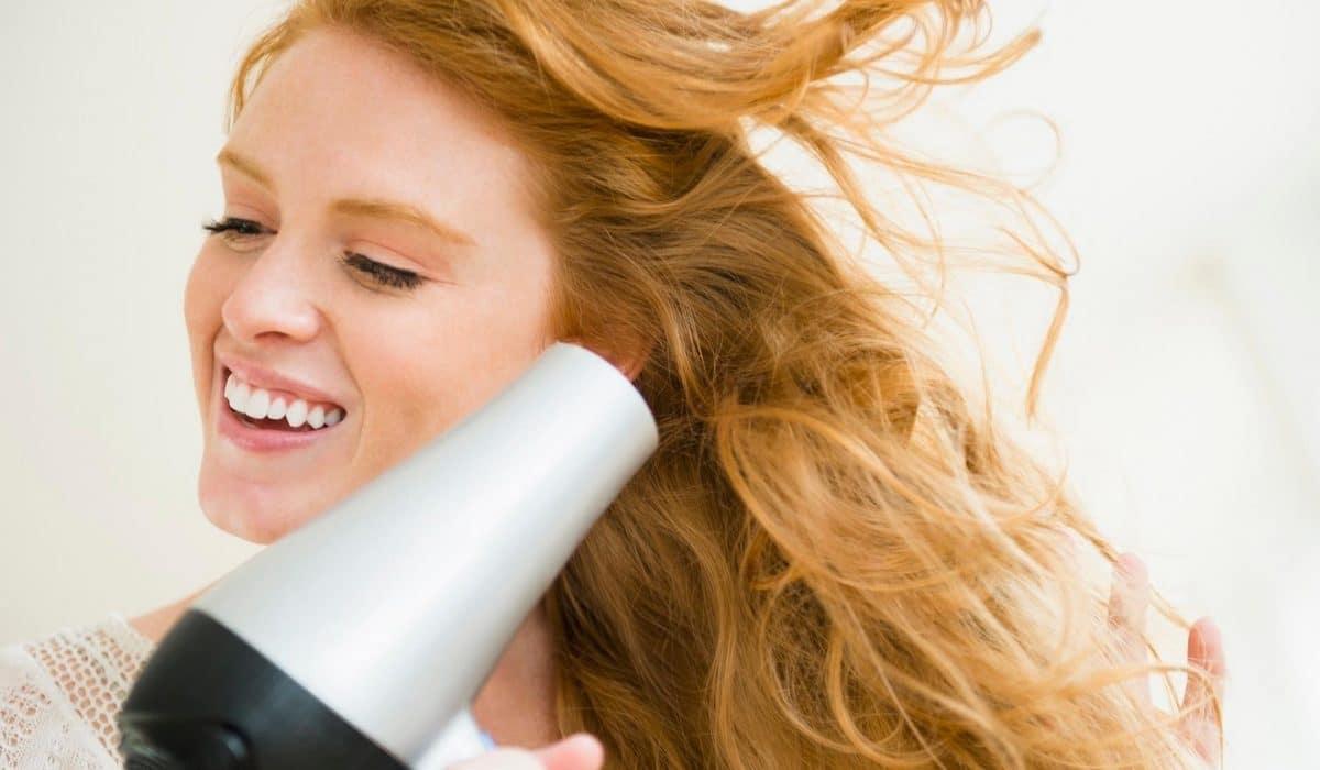 Choisir sèche cheveux puissance