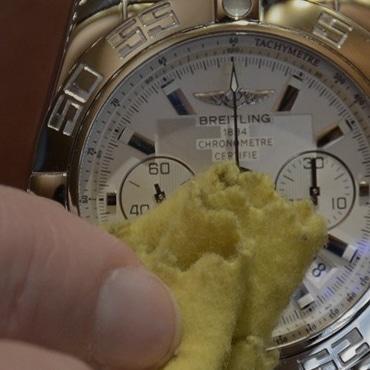 Nettoyer montre boitier