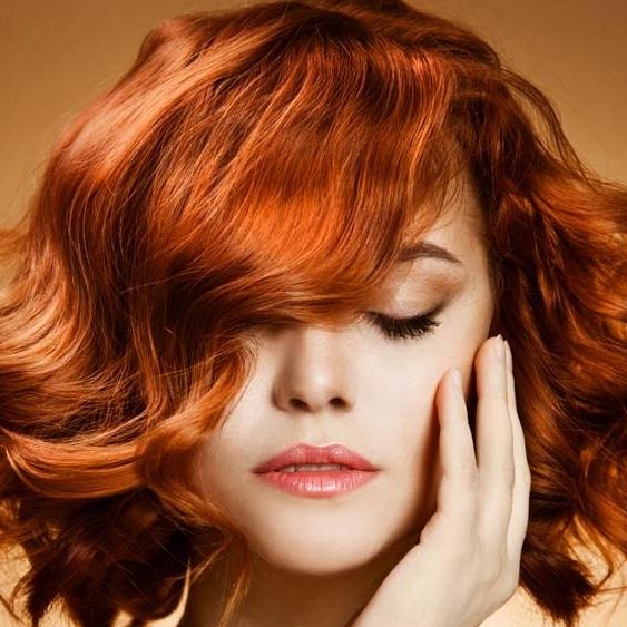 Coloration marron miel sur cheveux noir