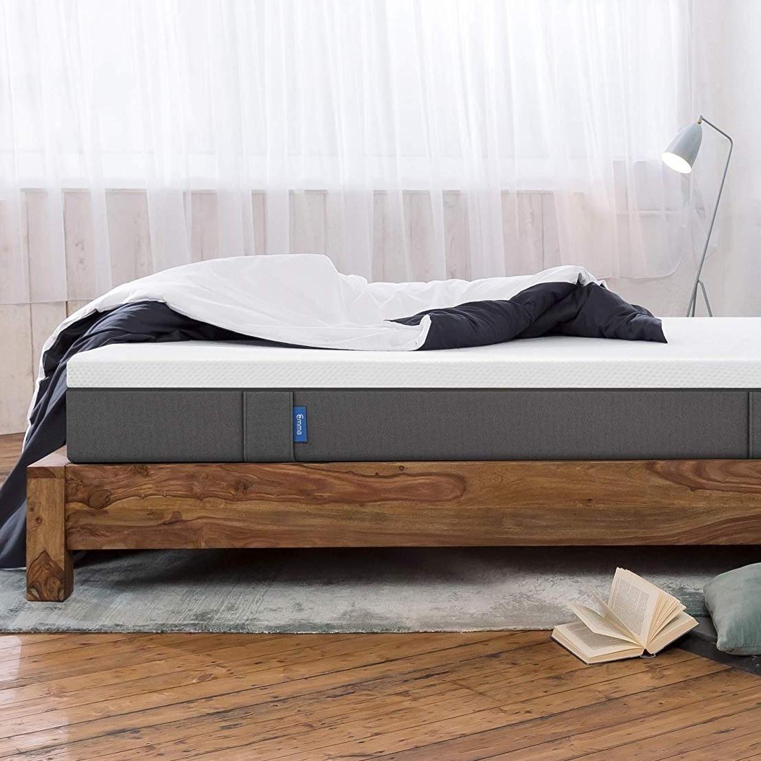 quel matelas choisir quand on a mal au dos. Black Bedroom Furniture Sets. Home Design Ideas